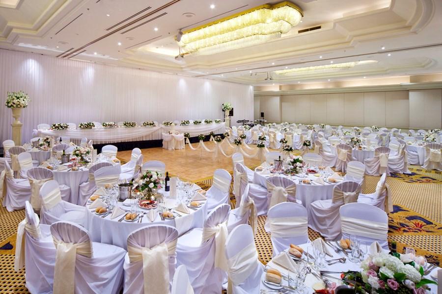 Fresh Wedding Reception Halls Near Me: Stamford Plaza Sydney Airport Hotel